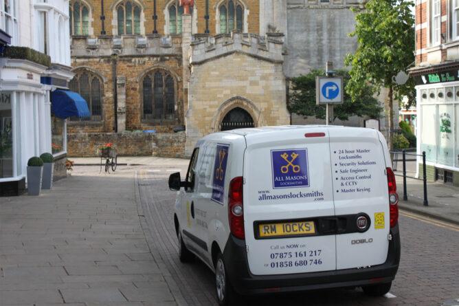 All Masons Locksmiths van